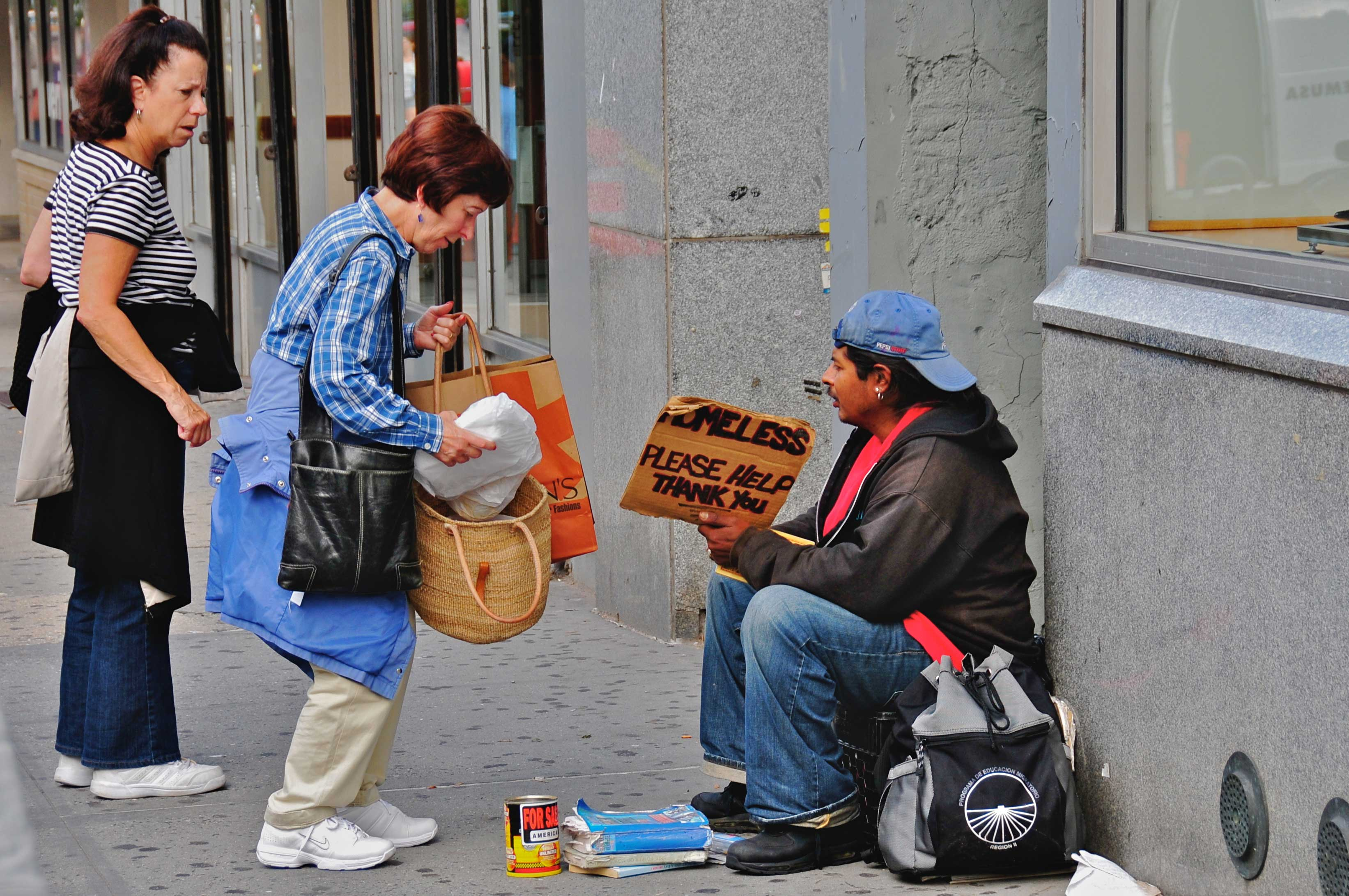 Helping_the_homeless-low